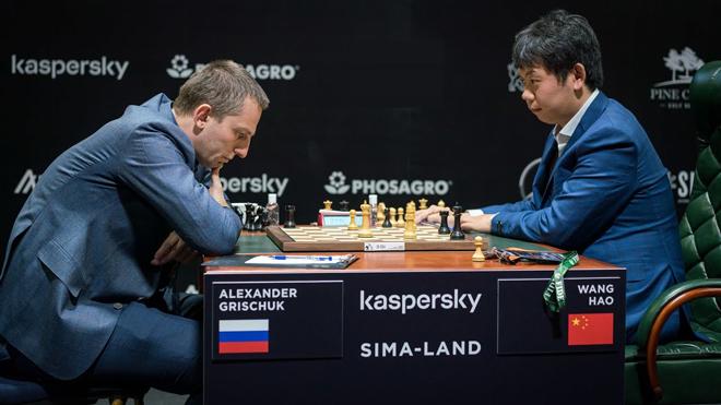 """SAO """"vừa đánh vừa ngủ"""" xôn xao cờ vua: Kỷ lục thế kỷ 72 phút đi 1 nước - 1"""