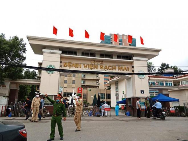 Tin tức 24h qua:Giá phẫu thuật não ở Bệnh viện Bạch Mai bị thổi gấp 4 lần - 1