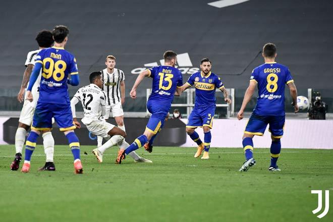 Video Juventus - Parma: Ronaldo nuối tiếc, siêu hậu vệ tỏa sáng - 1