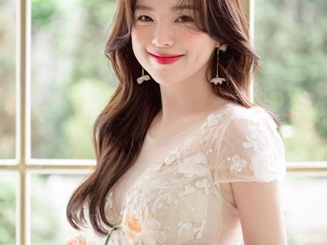 """Thời trang - """"Thiên thần chân ngắn Hàn Quốc"""" mắc lỗi cơ bản khi mặc váy cưới"""