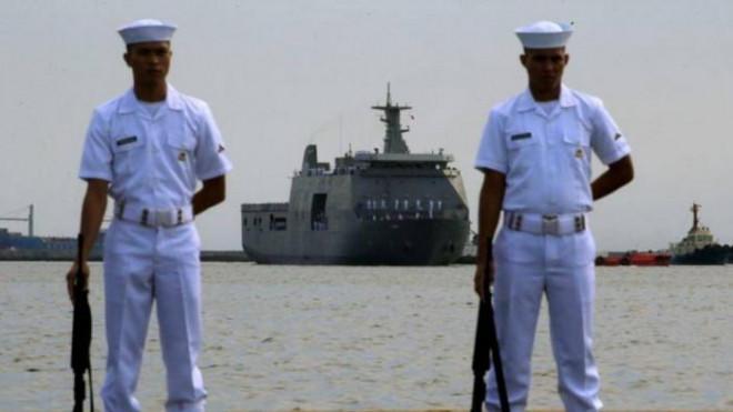 Philippines tố Trung Quốc lại đưa 160 tàu cá, dân quân ra Biển Đông - 1