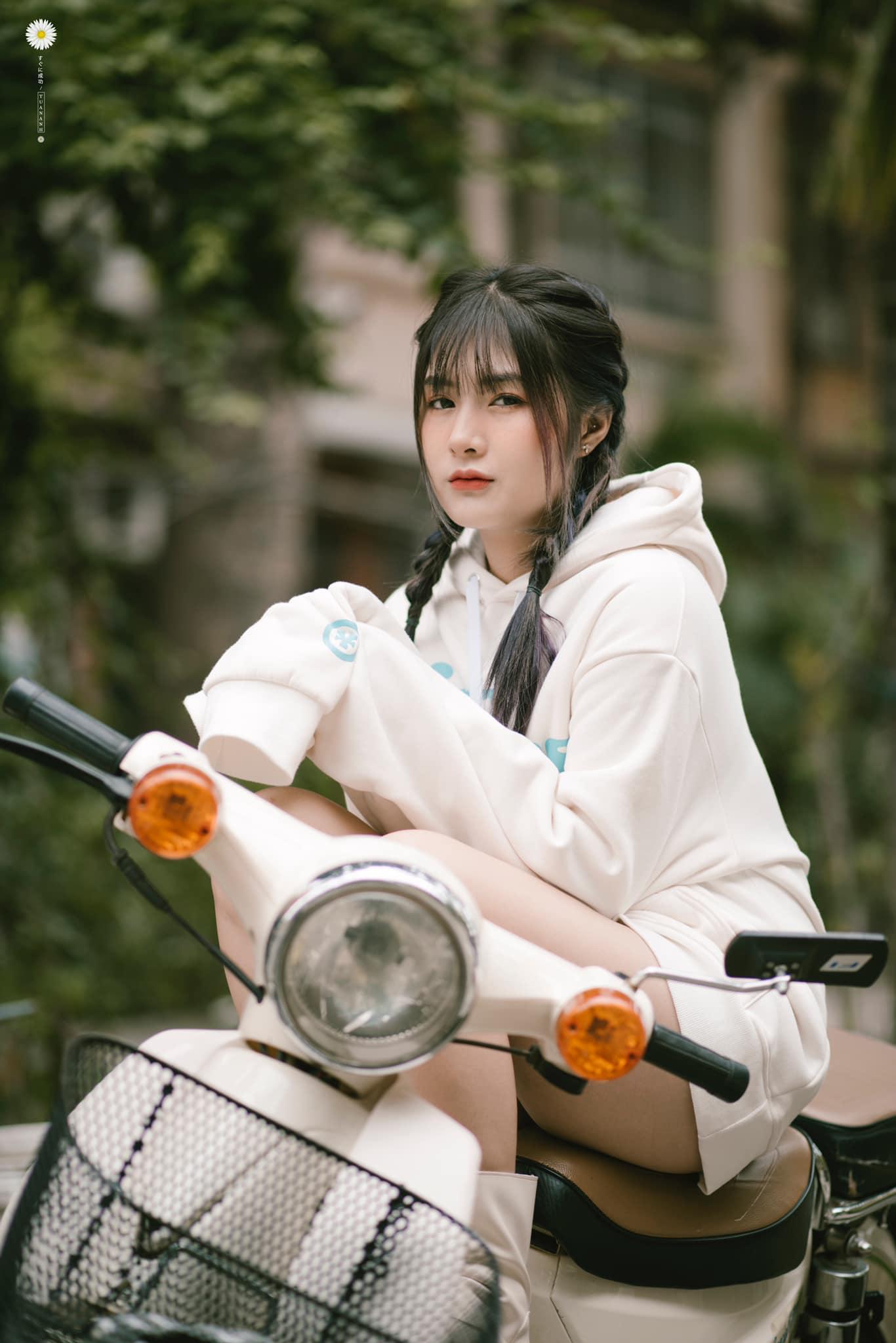 Sự thật việc nữ streamer Việt lộ ảnh gây xôn xao cộng đồng game - 1