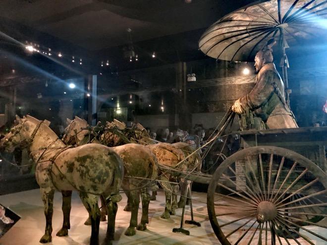 Haicỗ xe ngựabằngđồng lớn nhất trong lăng mộ Tần Thủy Hoàngsống động đến kinh ngạc - 1