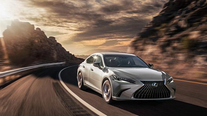 Lexus ES bản nâng cấp chính thức trình làng - 8