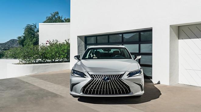 Lexus ES bản nâng cấp chính thức trình làng - 1
