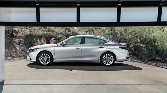 Lexus ES bản nâng cấp chính thức trình làng - 4