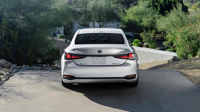 Lexus ES bản nâng cấp chính thức trình làng - 6