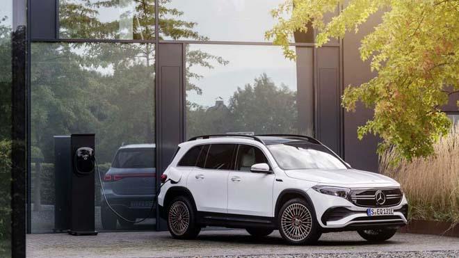 Mercedes-Benz EQB trình làng, SUV thuần điện sở hữu cấu hình 7 chỗ đầy tiện nghi - 1