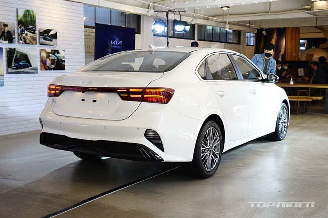 Ảnh thực tế Kia Cerato 2021, sedan hạng C có giá quy đổi từ 359 triệu đồng - 3