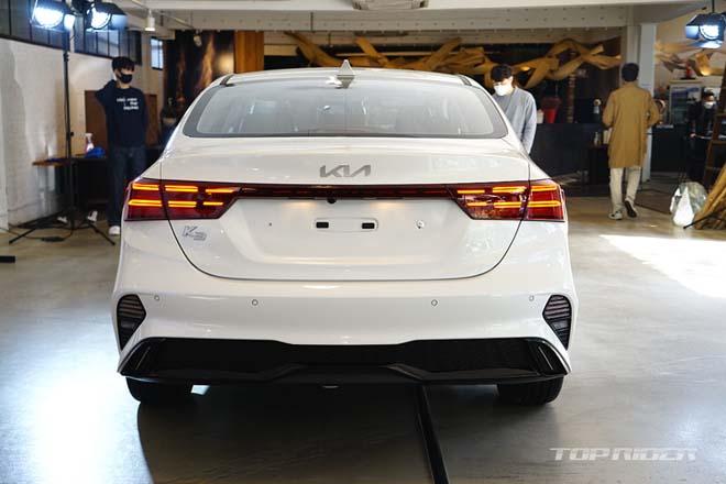 Ảnh thực tế Kia Cerato 2021, sedan hạng C có giá quy đổi từ 359 triệu đồng - 7
