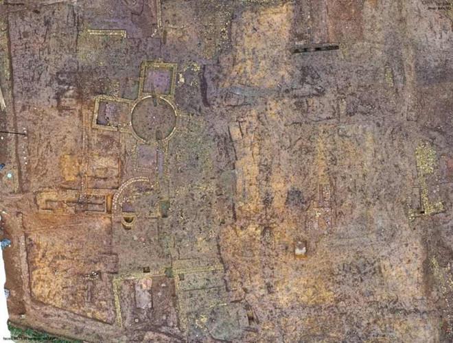 """Xây nhà, lọt vào """"mê cung"""" 1.900 tuổi là kho báu có 1 không 2 trên thế giới - 1"""