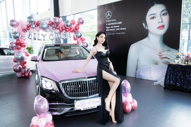 """Choáng váng """"Ngọc nữ bolero"""" Lily Chen mang 9 tỷ tiền mặt đi mua xế hộp """"đổi vận"""" - 1"""