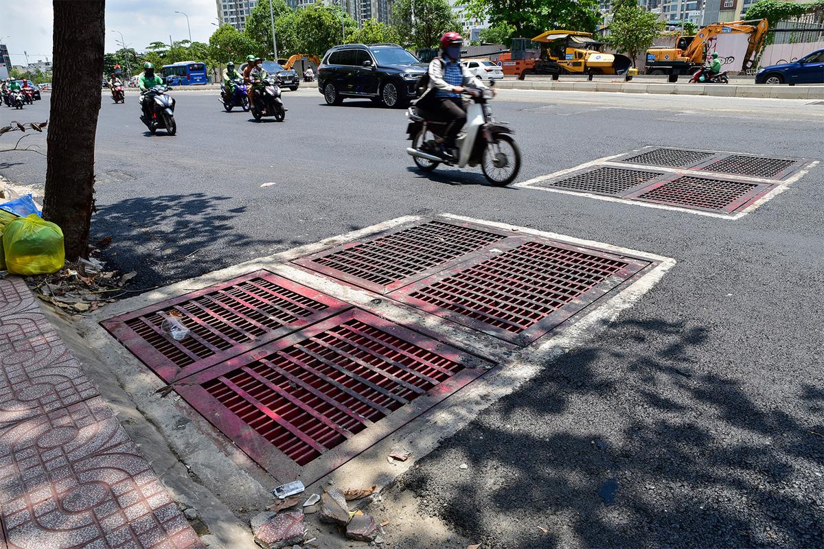 """""""Rốn ngập"""" ở Sài Gòn trước ngày hoàn thành sửa chữa - 11"""