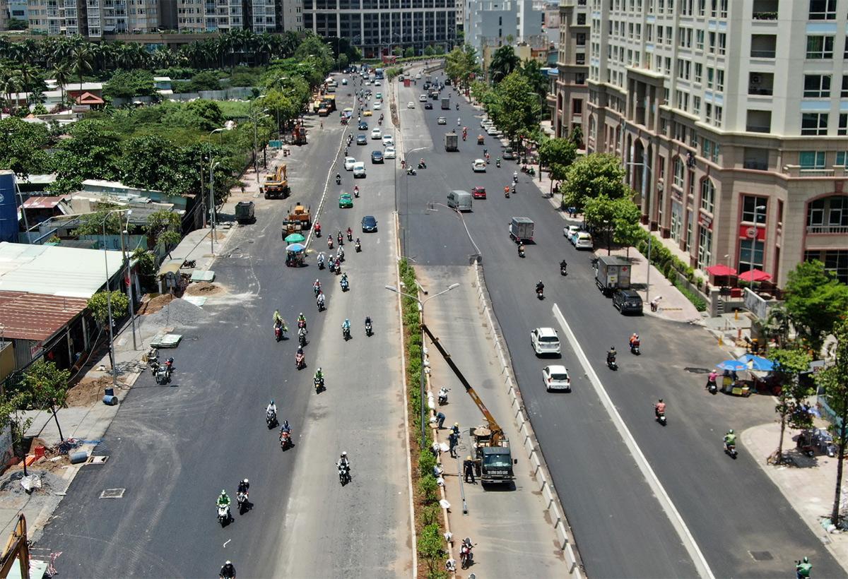 """""""Rốn ngập"""" ở Sài Gòn trước ngày hoàn thành sửa chữa - 2"""