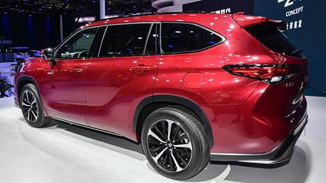 Cận cảnh biến thể SUV của dòng xe Toyota Crown tại Trung Quốc - 5