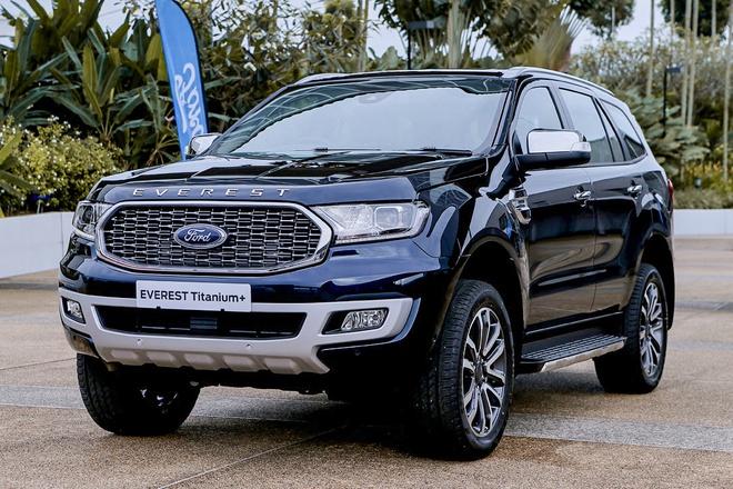 Ford Everest vs Hyundai SantaFe: Bạn thích hầm hố chắc khỏe hay sang trọng tiện nghi? - 3