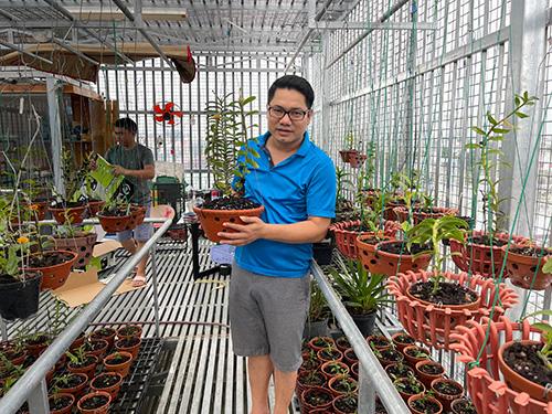Ông chủ vườn lan Trần Chiến và cơ duyên rẽ lối sang hoa lan - 1