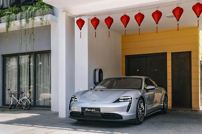 Loạt xe điện Porsche Taycan chính hãng có mặt tại Việt Nam, giá bán từ hơn 4,7 tỷ đồng - 8