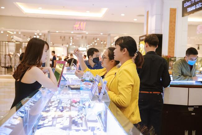 Vincom Retail công bố KQKD Q1 2021, lợi nhuận sau thuế đạt 781 tỷ đồng - 1