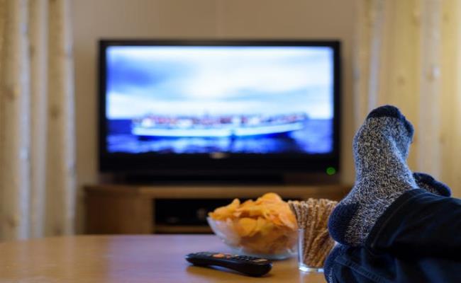 Swagbucks là một website trực tuyến chuyên cung cấp phần thưởng miễn phí. Swagbucks hoạt động bằng cách cho người dùng kiếm điểm thưởng khi họ xem các video trên website này.