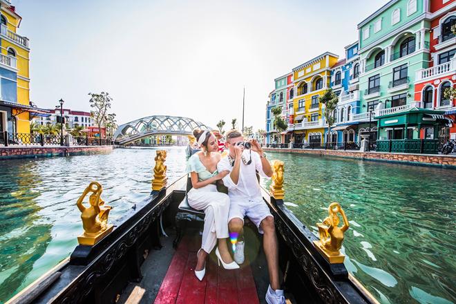 """""""Tình bể bình"""" với hành trình du ngoạn kênh đào Venice – sắc Ý giữa lòng Đảo Ngọc - 1"""