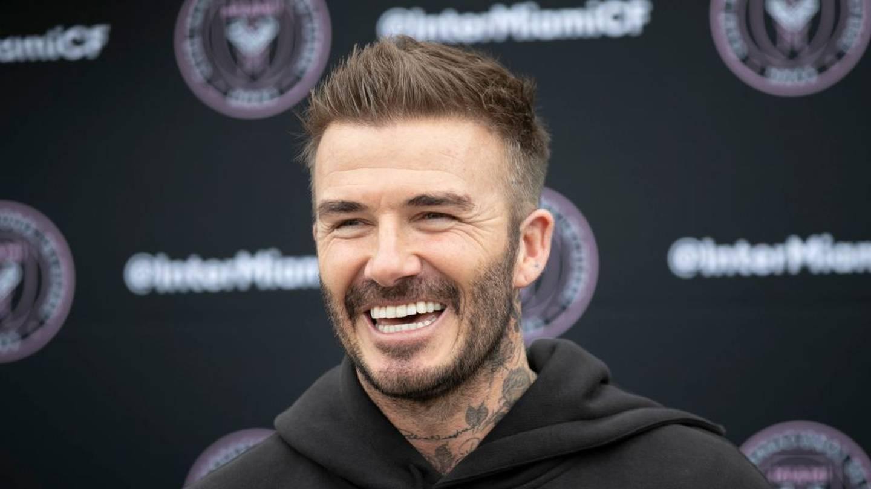 """Choáng với """"núi tiền"""" David Beckham làm ra mỗi ngày - 1"""