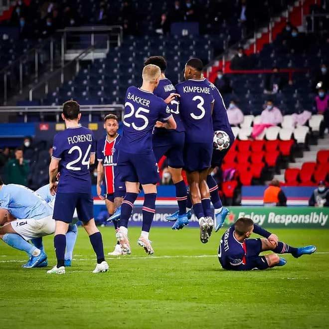 Pep Guardiola chỉ đạo cao tay, De Bruyne - Mahrez đánh lừa thủ môn PSG - 1