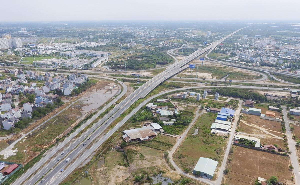 Những công trình giao thông nổi bật của TP.HCM sau 46 năm giải phóng - 12