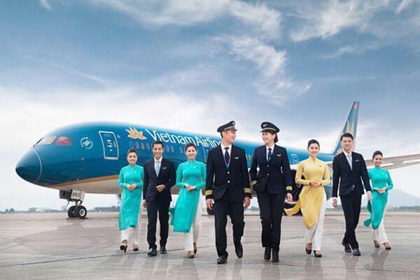 Vietnam Airlines thua lỗ lớn nhất trong lịch sử hoạt động, nợ quá hạn tăng chóng mặt - 1