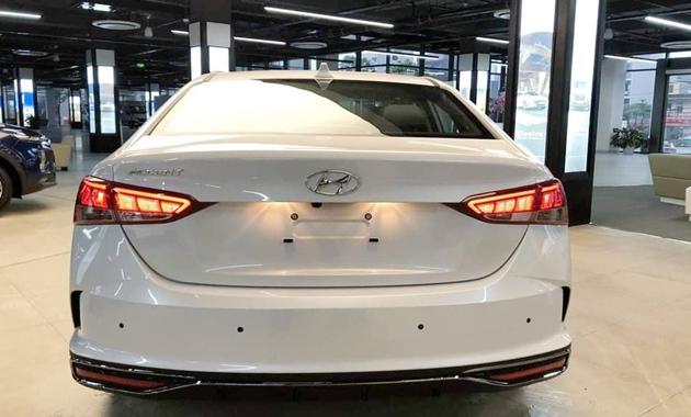 Giá xe Hyundai Accent 2021 mới nhất và thông số kỹ thuật - 6