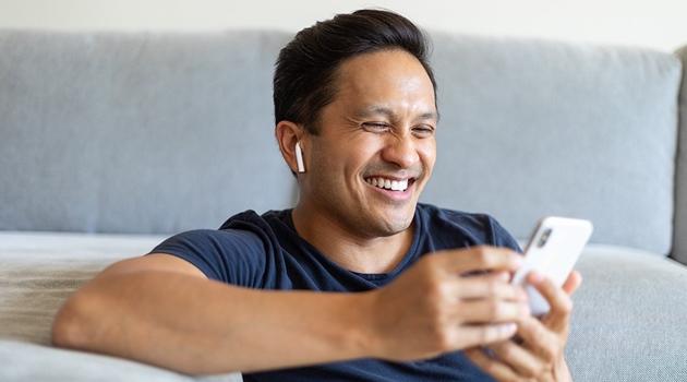 Cách dùng tai nghe Bluetooth kết nối với các thiết bị - 1
