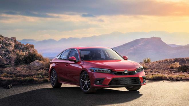 Honda Civic thế hệ mới thay đổi toàn diện, kẻ khen người chê - 1