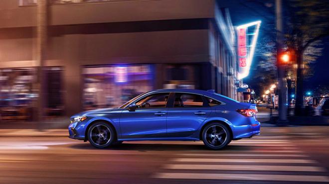 Honda Civic thế hệ mới thay đổi toàn diện, kẻ khen người chê - 7
