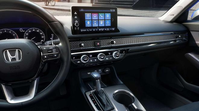 Honda Civic thế hệ mới thay đổi toàn diện, kẻ khen người chê - 12
