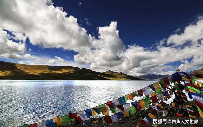 Hồ bí ẩn nhất Tây Tạng, khối lượng cá cực lớn nhưng không ai dám đánh bắt - 1
