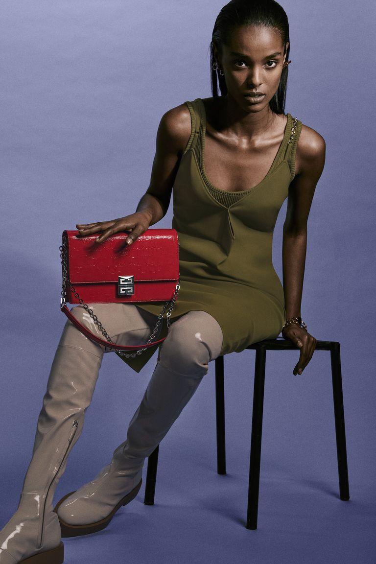 Liệu chiếc túi 4G mới của Givenchy có trở thành biểu tượng mới của nhà mốt? - 2