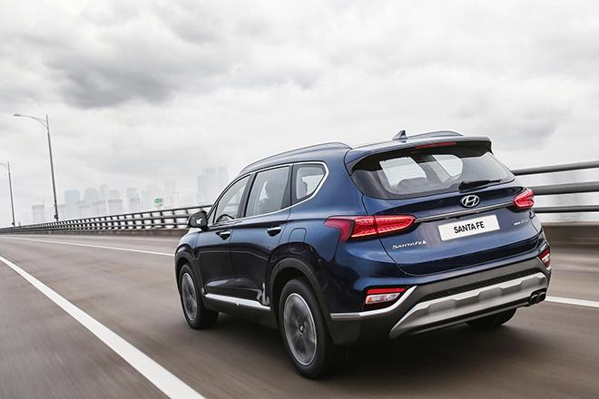 So sánh Hyundai Santa Fe và Mazda CX-8, đâu là SUV 7 chỗ đáng mua hơn? - 14