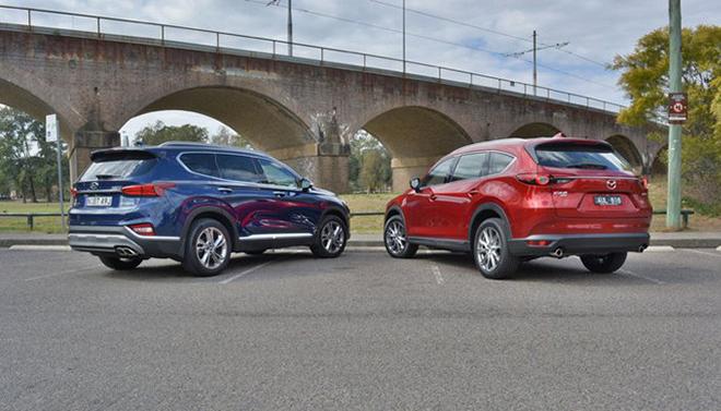 So sánh Hyundai Santa Fe và Mazda CX-8, đâu là SUV 7 chỗ đáng mua hơn? - 3