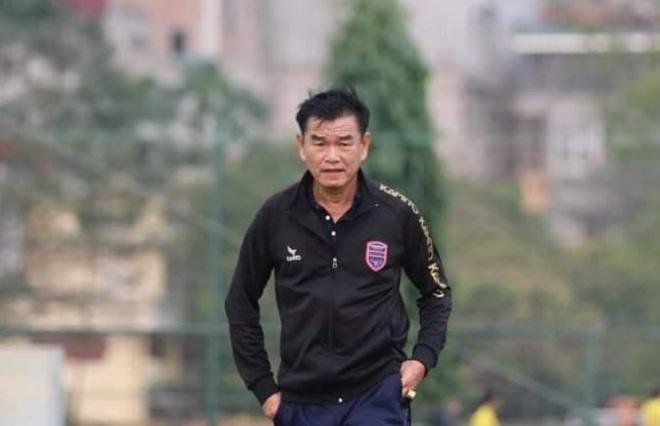 Bị bệnh tim phải rời Bình Dương, HLV Phan Thanh Hùng về CLB Đà Nẵng thay Huỳnh Đức - 1