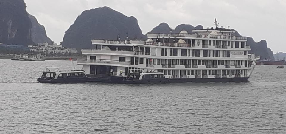 Quảng Ninh: F1 phục vụ du thuyền trên Vịnh Hạ Long, cách ly hơn 180 người - 1