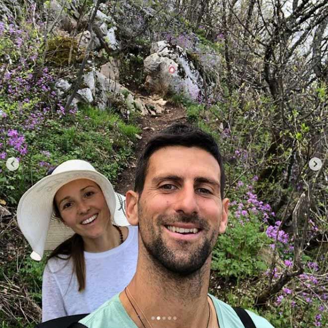 Tennis 24/7: Djokovic cùng vợ đẹp chinh phục nơi bí ẩn, Nadal mơ Real có Haaland & Mbappe - 1