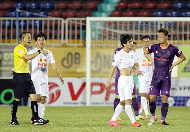Công Phượng bị treo giò, HAGL - HLV Kiatisak gặp khó đua vô địch V-League - 1
