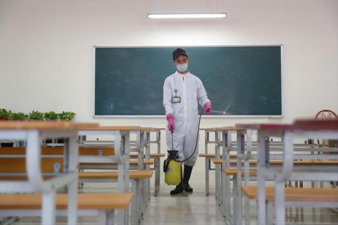Nhiều trường ĐH chuyển học trực tuyến - 1