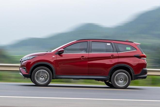 Tăng tiện nghi và ưu đãi cho khách hàng mua xe Toyota Rush - 2