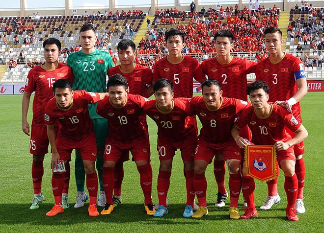 Danh sách ĐT Việt Nam đua vé World Cup: Thầy Park gọi Công Phượng, loại Văn Quyết - 1