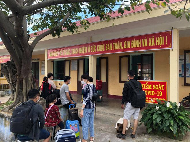 Bình Định: Kết quả xét nghiệm các trường hợp tiếp xúc bệnh nhân 2982 ở Đà Nẵng - 1