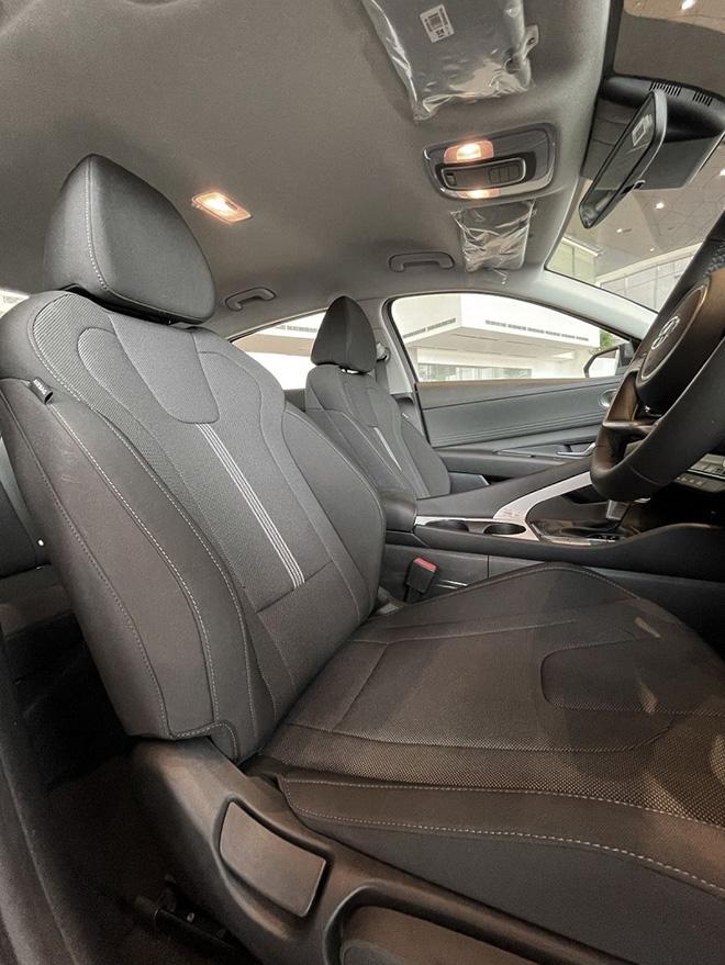 Hyundai Elantra 2021 có thêm phiên bản giá rẻ, dễ tiếp cận người dùng - 3