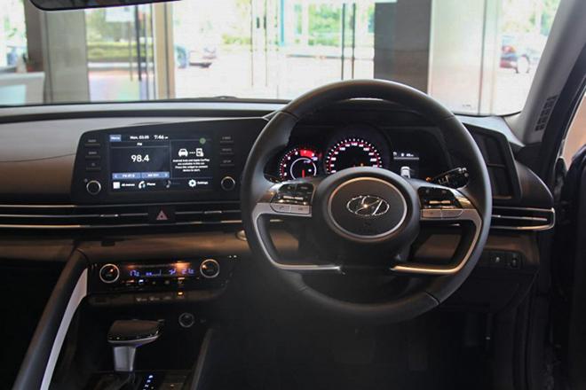 Ra mắt Hyundai Elantra 2021 Executive tại Malaysia, giá từ 787 triệu đồng - 4
