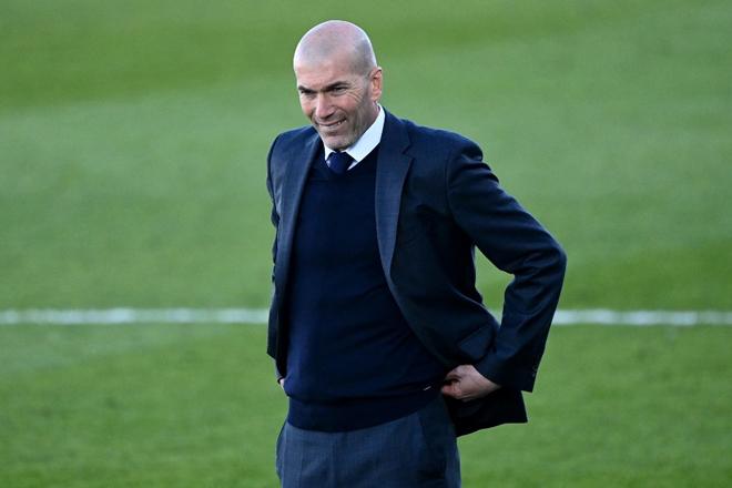 Tin mới nhất bóng đá tối 5/5: Zidane được đảm bảo tại Real Madrid - 1
