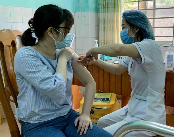 Vĩnh Phúc muốn chi hơn 342 tỷ đồng tiêm vaccine COVID-19 miễn phí cho người dân - 1